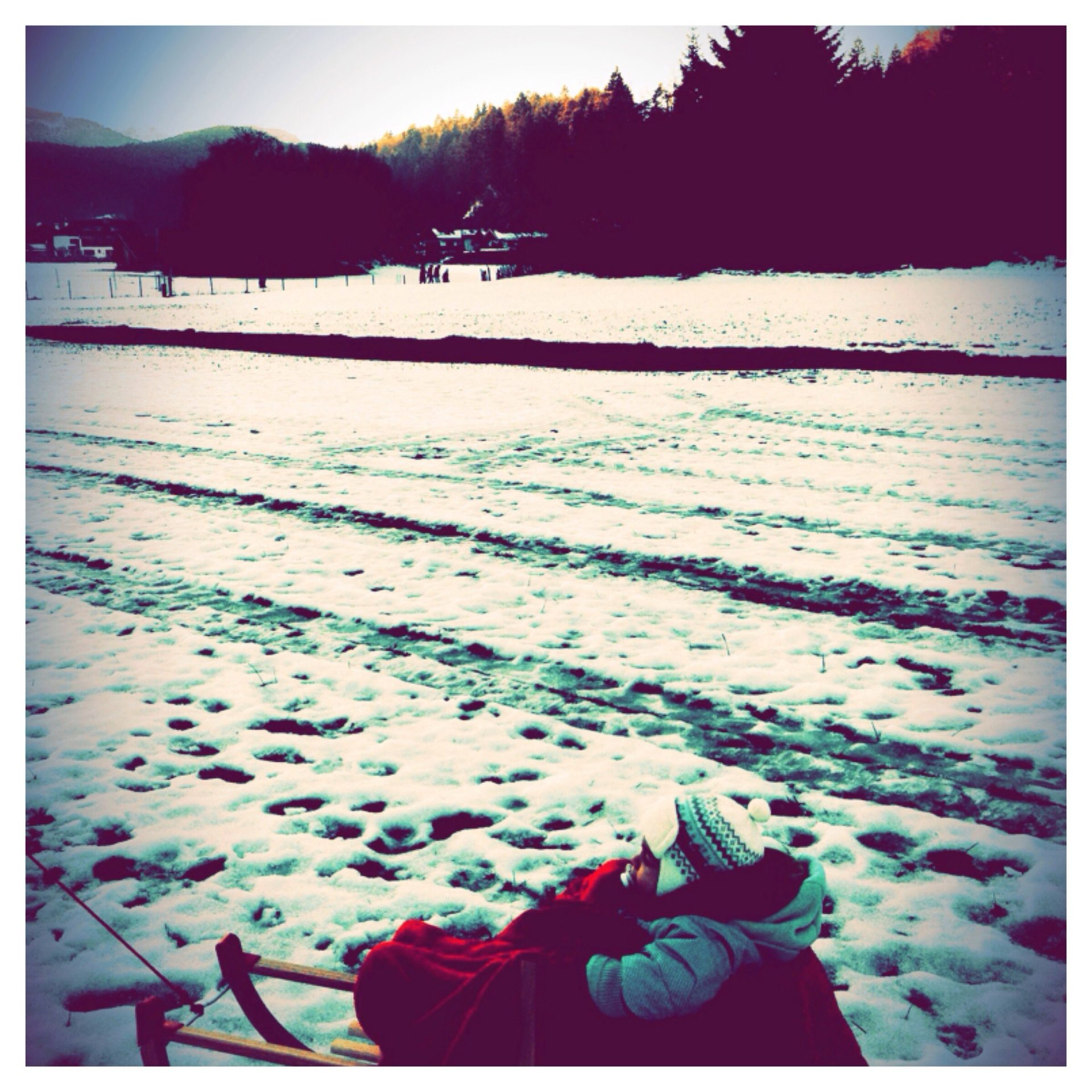 Schlittenfahren mit Kindern - Grainau bei Garmisch