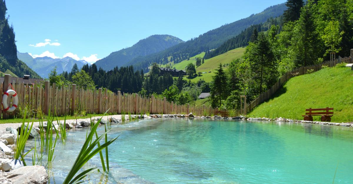 Chaletdorf Auszeit Badeteich Pool