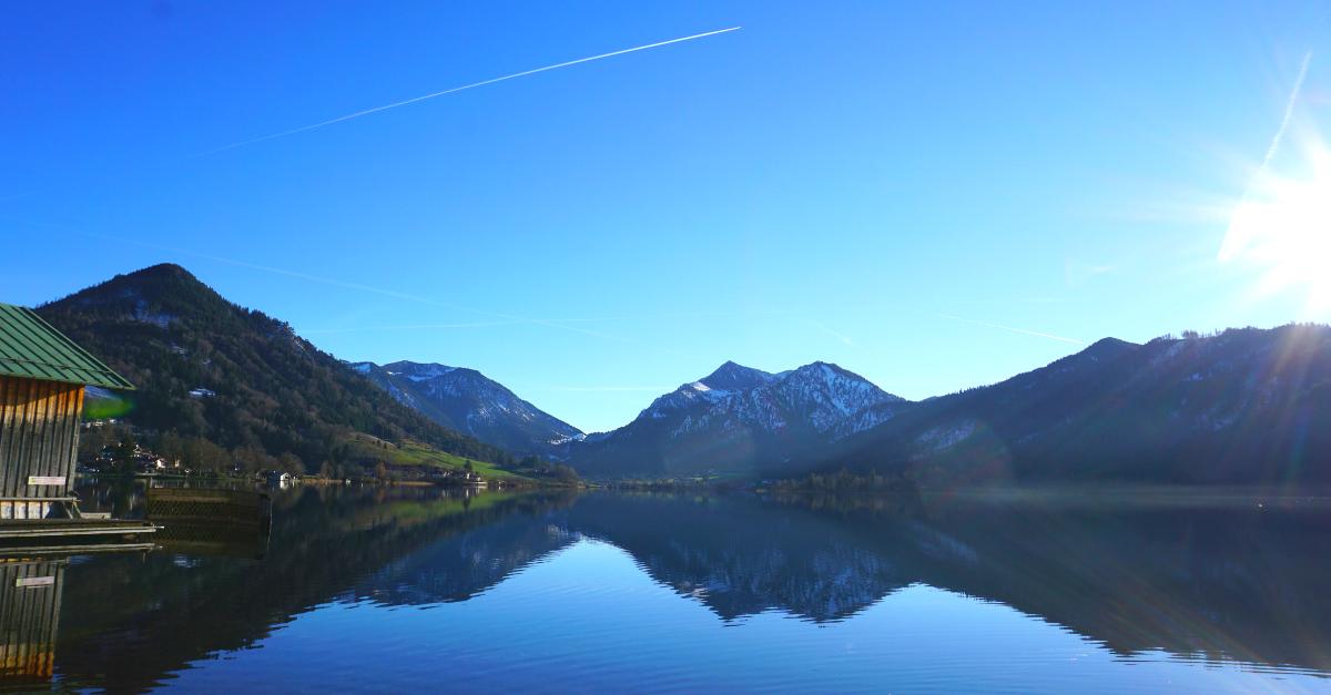 Wanderung See Winter Muenchen Umgebung